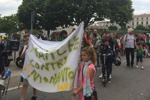 Manifestation anti-OGM à La Rochelle
