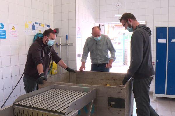 25 personnes en insertion travaillent dans la conserverie du Chênelet.