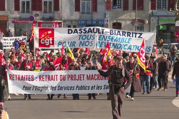 Environ 1600 manifestants contre la réforme des retraites à Bayonne pour la 10 ème journée d'action nationale