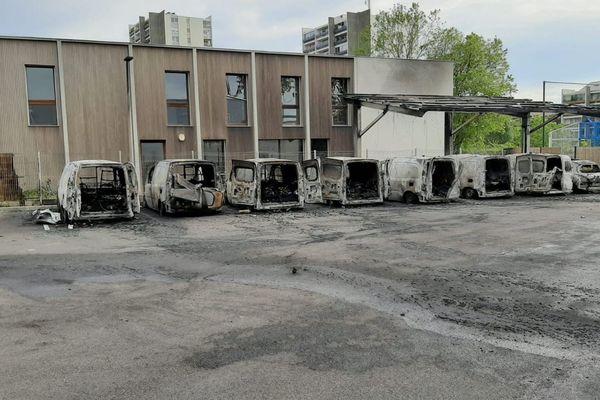 Incendie criminel : 11 véhicules du bailleur social Toulouse métropole Habitat détruits