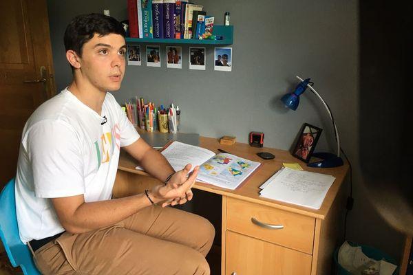 À 18 ans, Henri Sarre est le plus jeune candidat de France aux Régionales 2021