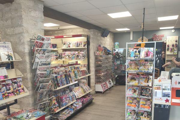 Les clients ne se pressent pas dans ce tabac-presse, avenue de Montpellier à Castries.