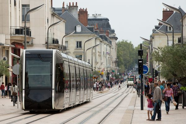 Le tramway de Tours, inauguré en 2013. Photo d'illustration