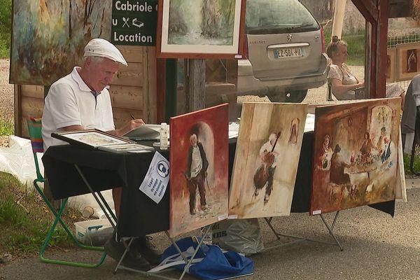 Une cinquantaine d'artistes ont exposé leurs œuvres à Corrençon-en-Vercors (Isère) ce dimanche.