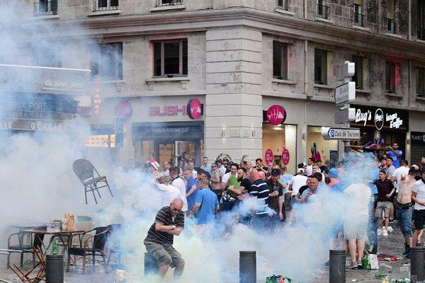 La presse étrangère a réagi aux heurts qui ont éclaté hier sur le Vieux-Port.