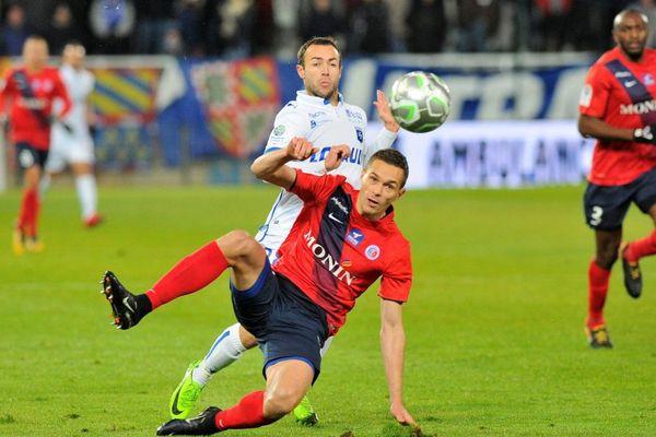 Auxerre face à La Berrichonne de Châteauroux vendredi 8 décembre 2017 au stade Abbé-Deschamps dans l'Yonne