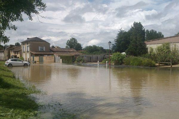 Des dizaines de communes de la Vienne noyées en raison de violents orages