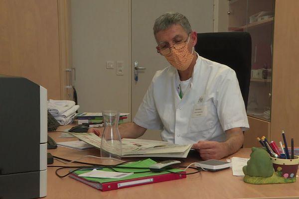 Jean-François Faucher, infectiologue, promu chevalier de la légion d'honneur