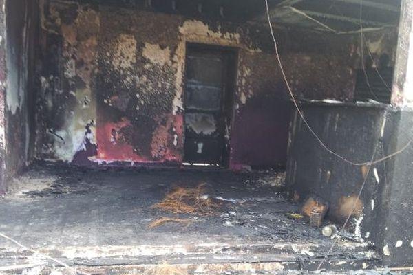 Le bar de nuit a été entièrement détruit par un incendie