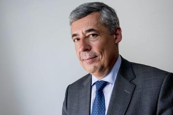 Le député (LR) des Yvelines Henri Guaino a annoncé sa participation à la primaire de la droite pour l'élection présidentielle de 2017.