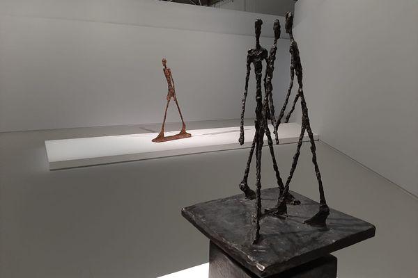 Ces sculptures de Giacometti sont aujourd'hui considérées comme des icônes de l'art du XXe siècle.