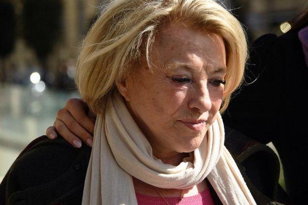 Maryse Joissains-Masini arrive à la cour d'appel de Montpellier