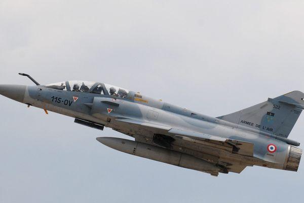 Au programme : un survol de Mirage 2000