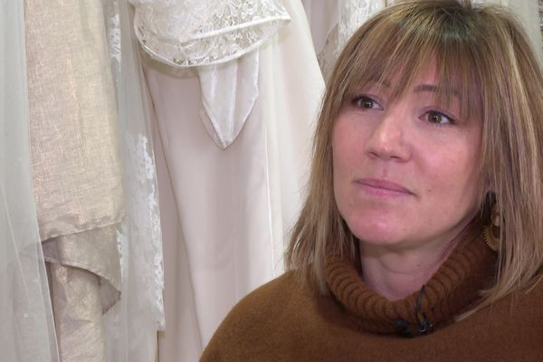 Marjorie Boyard est créatrice de robes de mariée à Bordeaux