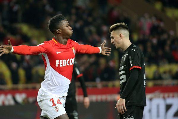 Monaco a conservé sa 2e place et devance toujours Lyon d'un souffle, tandis qu'en bas de tableau Bordeaux et Saint-Etienne s'enfonçaient un peu plus dans la crise, ce mercredi 21 décembre à l'issue de la 19e journée de Ligue 1, marquant la mi-saison.