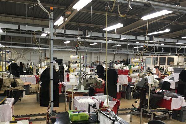 C'est ici qu'ont lieu de nombreuses étapes de la production des collants et des bas de la maison Gerbe. Un processus rigoureux est suivi pour garantir une qualité et un confort parfait.