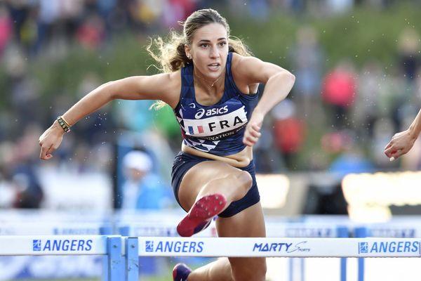 La hurdleuse Laura Valette vise un minima olympique au cours de ces championnats de France d'athlétisme, qui se déroulent à Angers jusqu'à dimanche.