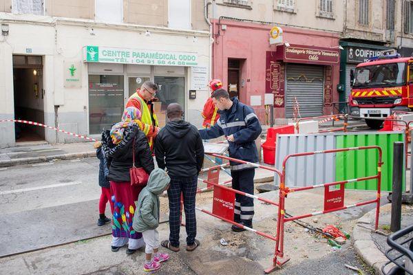 Les Marins-pompiers de Marseille sécurisent le périmètre.