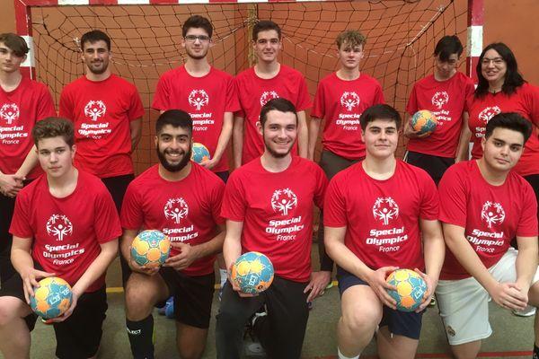 L'équipe de Handball unifié de Vendôme part aux Jeux spéciaux d'Abou Dhabi