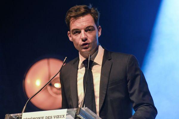 Le maire d'Hesdin Stéphane Sieczkowski-Samier lors de sa cérémonie de vœux, en janvier 2019.