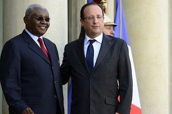 François Hollande et le président du Mozambique, Armando Emilio Guebuza, Paris 27 septembre 2013
