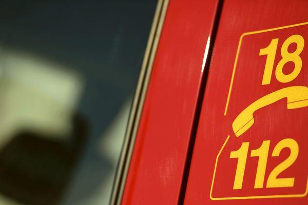 Les pompiers ont dû faire intervenir un hélicoptère pour secourir le pilote d'ULM