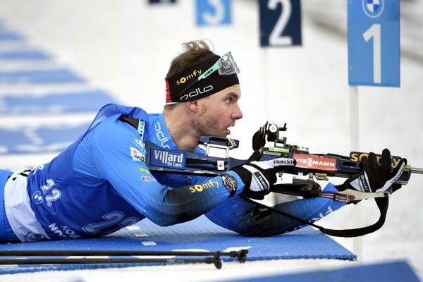 L'Isérois Emilien Jacquelin, auteur d'un 8/10 au tir ce dimanche, sur le sprint de Kontiolahti en Finlande lors de la première étape de coupe du monde.