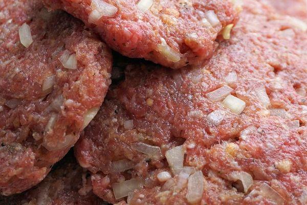 Illustration - Rappel de viandes hachées contaminées par la bactérie Escherichia coli.