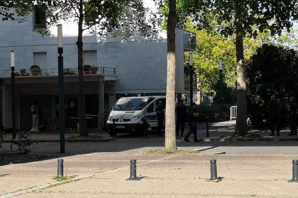 Le corps d'un homme retrouvé cours du Champ-de-Mars à Nantes le 18 septembre 2019