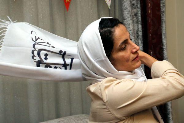 Nasrin Sotoudeh, en 2013, retrouve sa famille après 3 ans de prison.