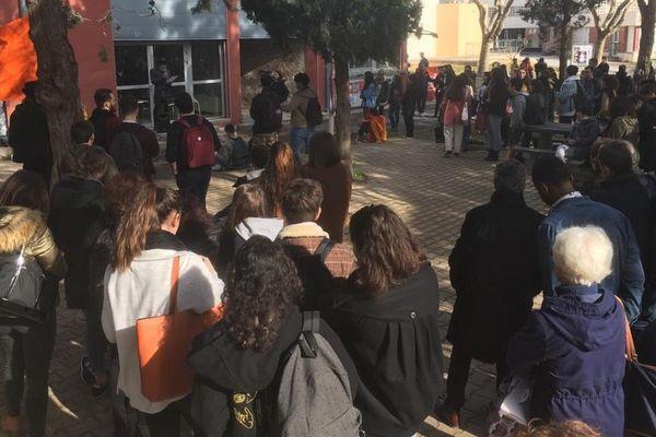 Perpignan - manifestation des enseignants chercheurs - 5 mars 2020.
