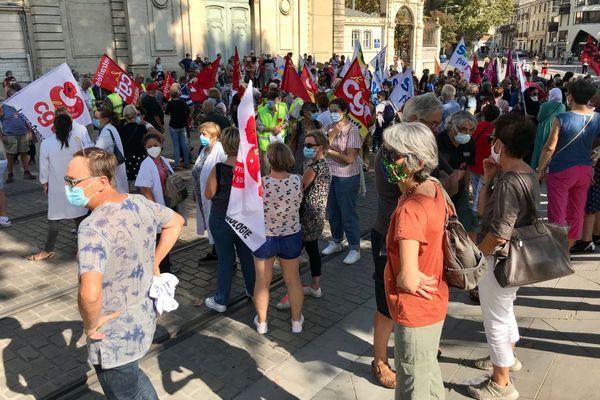 Comme à Perpignan, près de 500 personnes ont défilé dans les rues de Montpellier pour cette rentrée sociale, principalement initiée par la CGT.