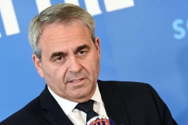 Xavier Bertrand candidat à sa succession comme président de la région Hauts-de-France lors de son premier meeting de campagne à Maubeuge le 3 mai 2021