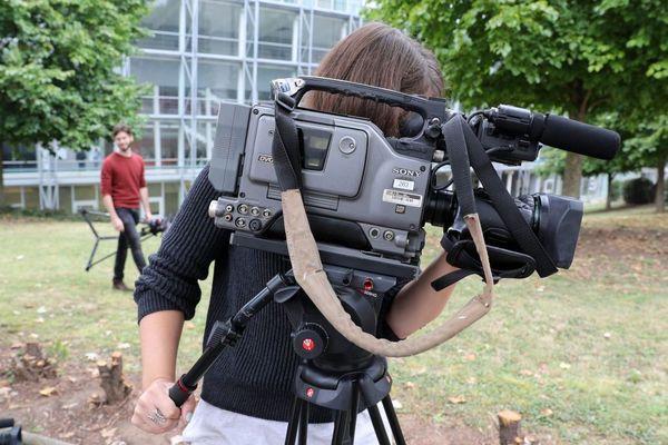 Cours pratique au centre universitaire d'enseignement du journalisme