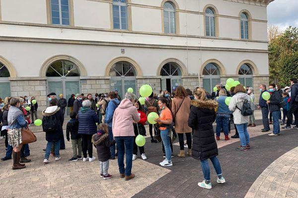 Ils étaient près de 200 venus soutenir Vlora et ses enfants à Altkirch et demander la levée de leur obligation de quitter la France.