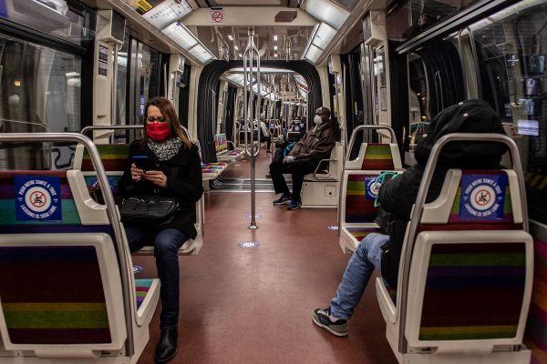 Le métro en avril 2020, la fréquentation a chuté en raison de l'épidémie.
