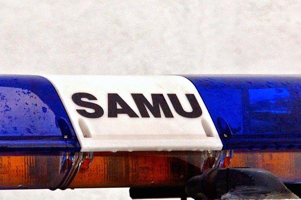 Le motard a été transporté au CHU de Limoges par le Samu.