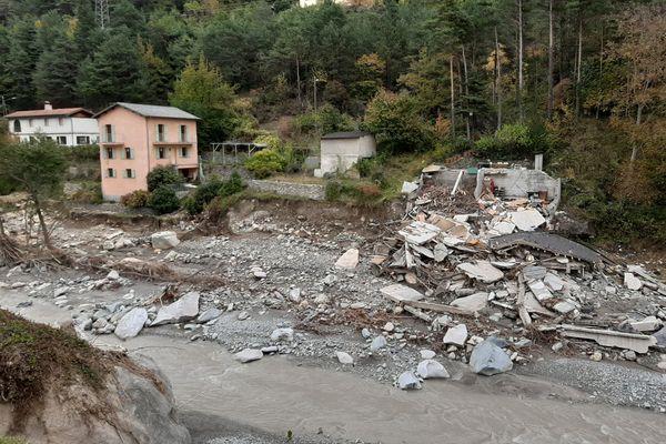 À Saint-Dalmas-de-Tende, ce bâtiment a été emporté par la Roya lors des intempéries de la tempête Alex, le 2 octobre 2020.