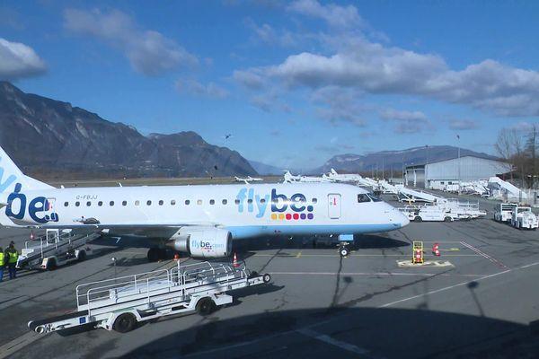 Cinq vols hebdomadaires assuraient une liaison hivernale entre le Royaume-Uni et l'aéroport de Chambéry Savoie Mont-Blanc.