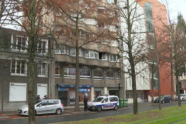 C'est dans cet immeuble situé au 25 Avenue de Paris à Orléans que l'incendie s'est déclaré.