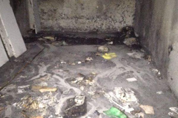 Le garage incendié où se trouvaient les archives du PS
