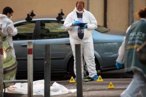 La police scientifique en intervention sur le meurtre de deux jeunes à Marseille, le 7 août dernier, près de la gare Saint-Charles.