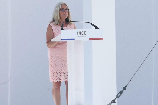 Anne Murris, la mère de Camille tuée dans l'attentat, lors de la cérémonie du 14 juillet en 2018.