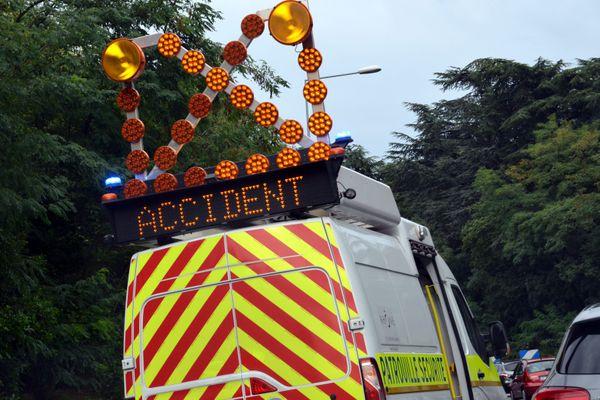 Illustration. L'accident sur la commune d'Aïssey ne concerne qu'un véhicule seul et a fait deux blessés, dont un grave.