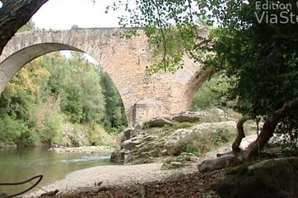 Tentative d'attentat contre un pont à Poggio di Venaco, le 12 octobre 2013