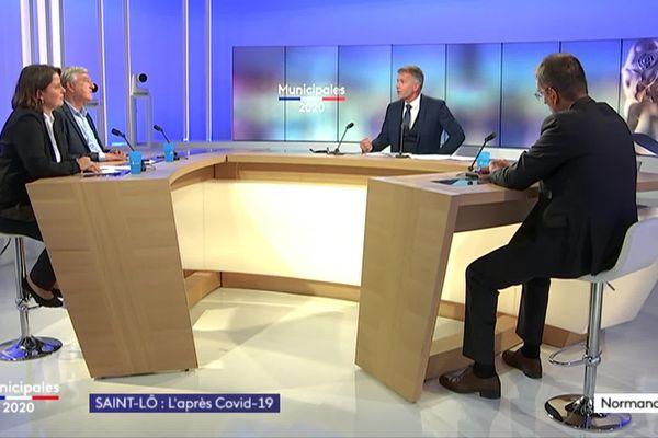 Les trois têtes de listes en lice à Saint-Lô, Emmanuelle Lejeune, Jean-Karl Deschamps et François Brière réunis autour du journaliste Laurent Marvyle sur le plateau de France 3 Normandie le jeudi 25 juin 2020.