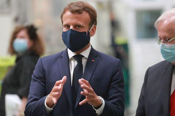 Emmanuel Macron ce mardi sur le site de Valéo.