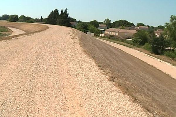 Gard - achèvement des travaux de rénovation de la digue entre Beaucaire et Fourques - 4 juillet 2019