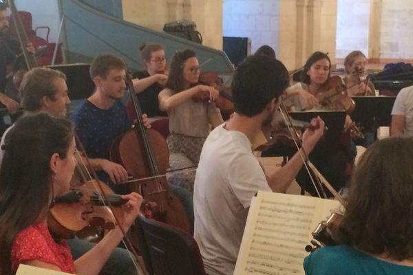 Les jeunes musiciens se produiront ce jeudi à l'Abbatiale de Saintes