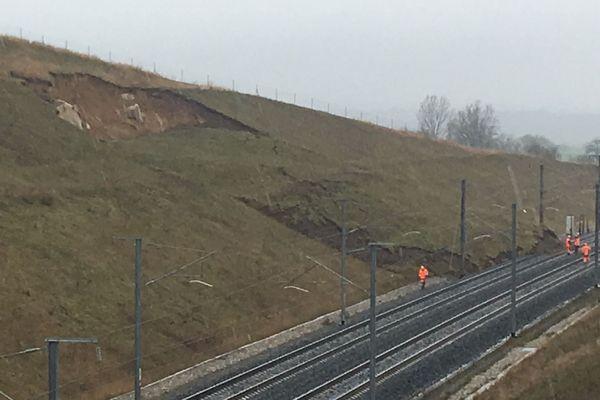 le 5 mars dernier, un talus s'était effondré sur les voies à hauteur d'Ingenheim provoquant le déraillement d'une rame de TGV